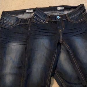 Jr cropped jeans no rips or tears